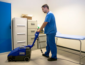 Commercial Cleaning Equipment - H401 Scrubber