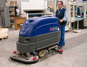 Floor Cleaning Machines – H810 Scrubber