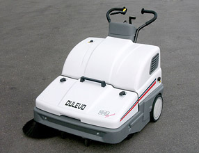 Commercial Cleaning Equipment пїЅ 900 Sprint Sweeper